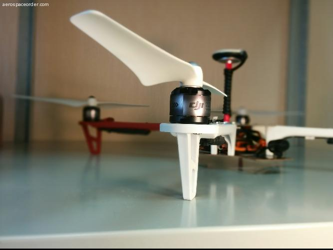 Квадрокопетр DJI F450